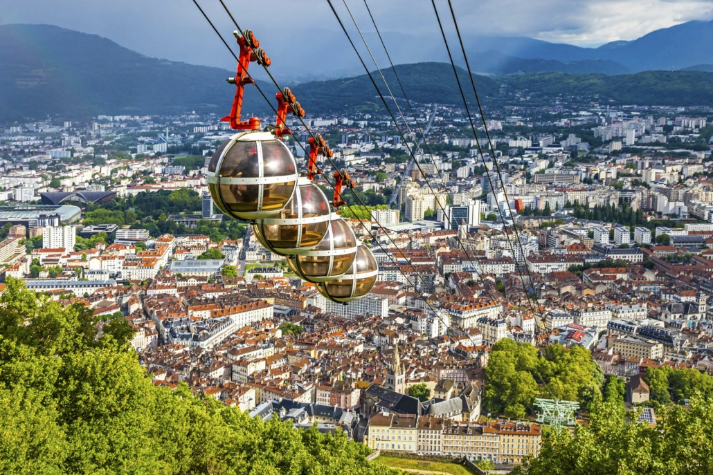 Le téléphérique depuis Grenoble vers la colline de la Bastille.